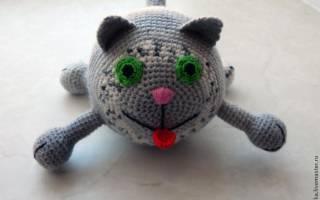 Вязаный крючком толстый круглый кот схема. Вязаные коты.