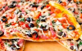 Тесто для пиццы на кефире — нежное и мягкое. Пицца на кефире без дрожжей