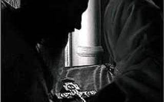 Можно ли читать молитвы сидя? Вопрос священнику. Молитвенное правило