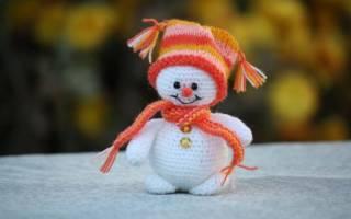 Схемы крючком новогодние снеговики. Вязание крючком игрушки «Снеговик.